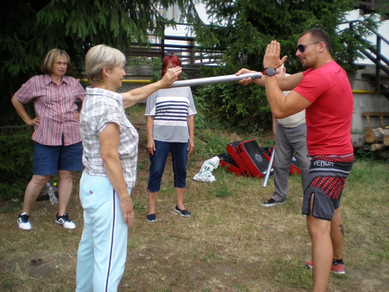 Kurzy sebeobrany pro seniory 1